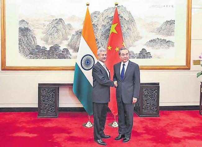 India, China may not let Pakistan shadow fall on bilateral talks - Sakshi
