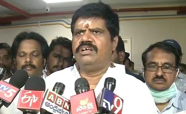 Minister Avanthi Srinivas Visitation Fire Accident Victims - Sakshi