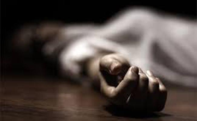 Woman Suspected Death In Komarada Vizianagaram District - Sakshi