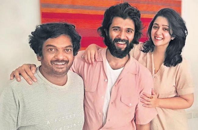 Vijay Devarakonda next movie with Puri Jagannadh - Sakshi