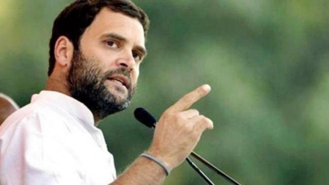 Rahul Gandhi Takes up Satyapal Challenge Asks For Freedom to Meet Kashmiris - Sakshi