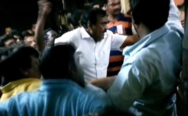 Razole MLA Attacked On Police Station In East Godavari - Sakshi