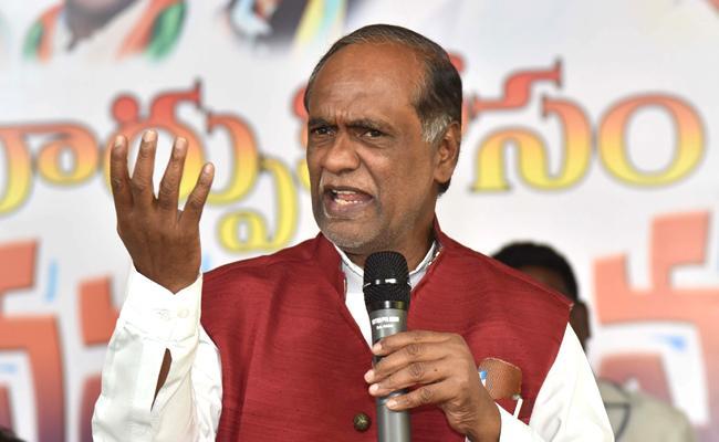 BJP Leader K Laxman Slams CM KCR Over Communalism Comments - Sakshi