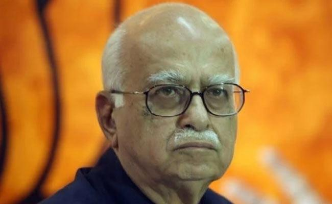 LK Advani Suffering From Viral Fever - Sakshi