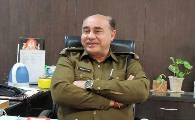 Faridabad DCP Vikram Kapoor Allegedly Commits Suicide - Sakshi
