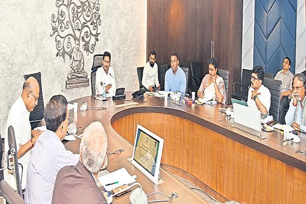 YS Jagan Says That Employment to locals in industries - Sakshi