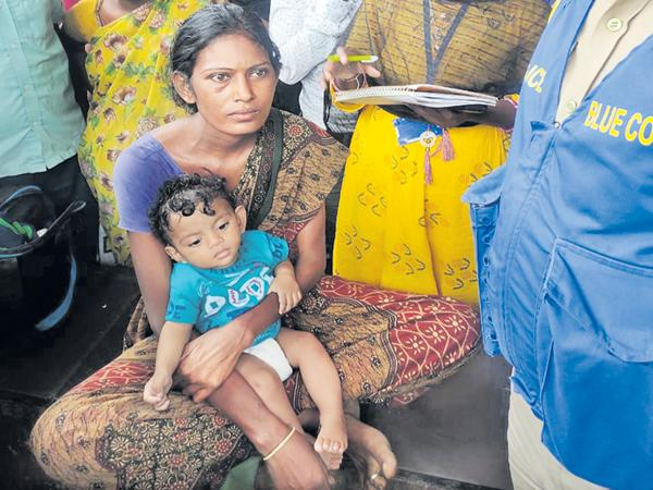 A Mother Selling her Son In Drunk - Sakshi