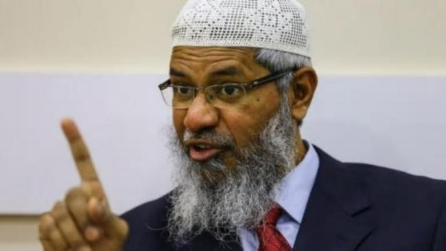Zakir Naik will not be Sent Back to India, Says Malaysia PM - Sakshi