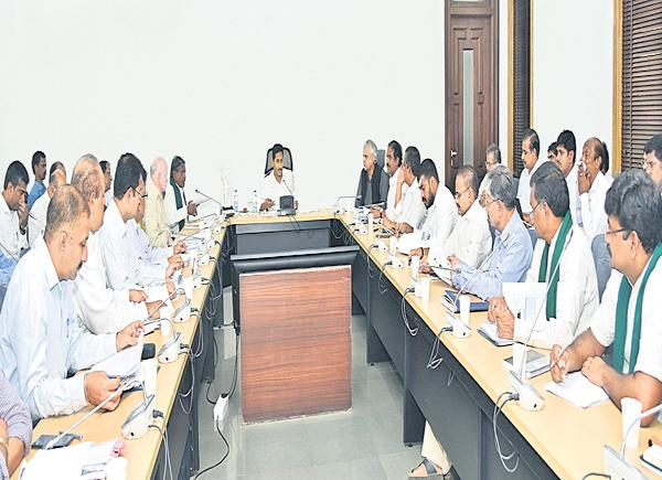 YS Jagan Mohan Reddy  Comments at AP Agriculture Mission meeting - Sakshi
