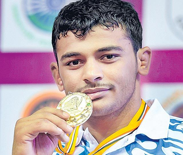 Deepak Punia becomes 1st Indian junior world champion in 18 years - Sakshi