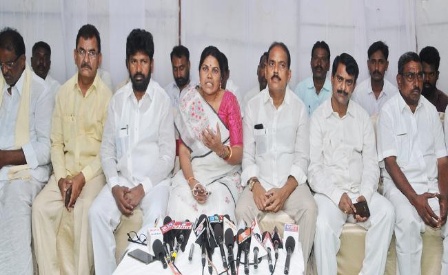 Rival Party Leaders Likely To Join BJP To End The TRS In Nalgonda District - Sakshi