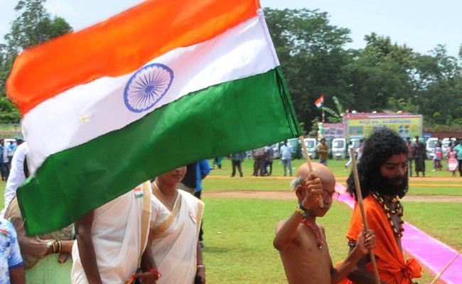 Independence Day Celebrations In Srikakulam District - Sakshi