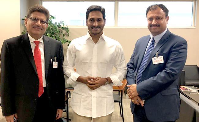 CM YS Jagan Receives Grand Welcome In America - Sakshi