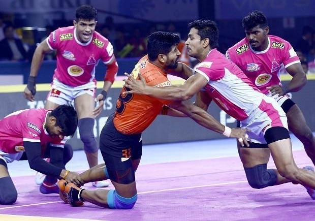 Jaipur Pink Panthers beat Pune 33-25 - Sakshi