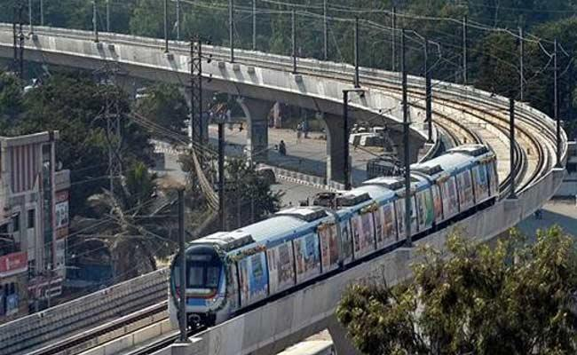 Metro Avalabul In Every Three Minutes Between Jubilee And Hitech City - Sakshi