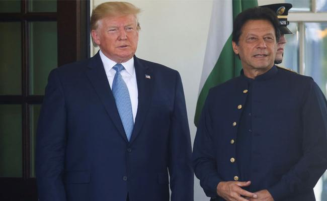 America Cuts aid by $440 million To Pakistan - Sakshi