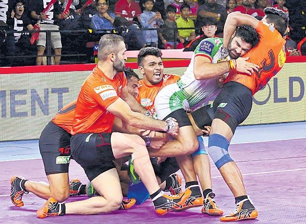 U Mumba lead 22-9 at half-time - Sakshi