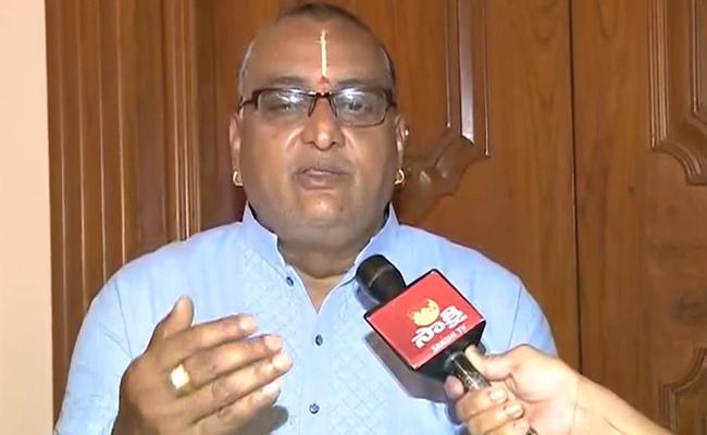 SVBC chairman Prudhvi Raj Assured Regularisation Of Contract Employees - Sakshi