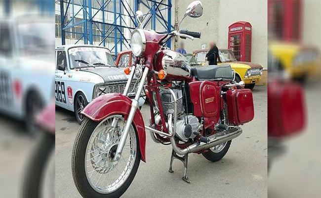 This VINTAGE  Yezdi motorcycle is all set to make a comeback - Sakshi