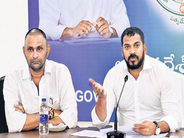 Anil Kumar yadav and Kodali Nani Fires On TDP - Sakshi
