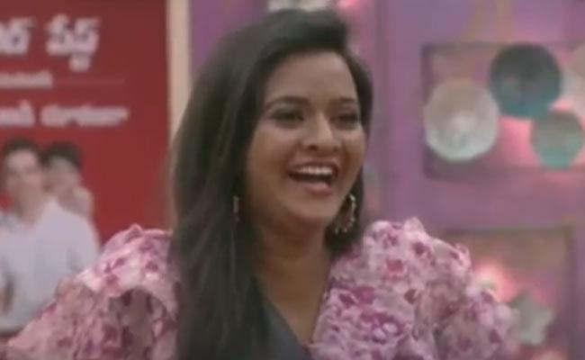 Rohini May Eliminated in Bigg Boss 3 Telugu Fourth Week - Sakshi