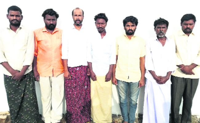 Police Arresting Nine People In Murder Case At Anantapur District - Sakshi