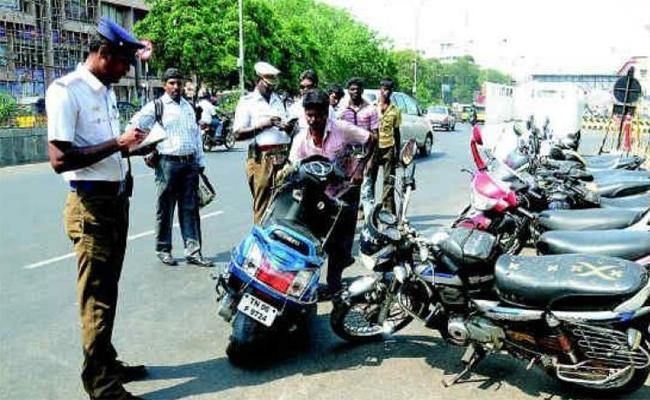1000 Challan on Without Helmet Punishment - Sakshi