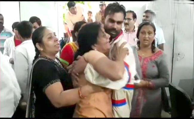 Journalist Ashish Janwani Shot Dead Allegedly By Liquor Mafia - Sakshi