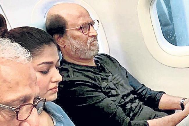 Rajinikanth Darbar shifts location to Jaipur from Mumbai - Sakshi