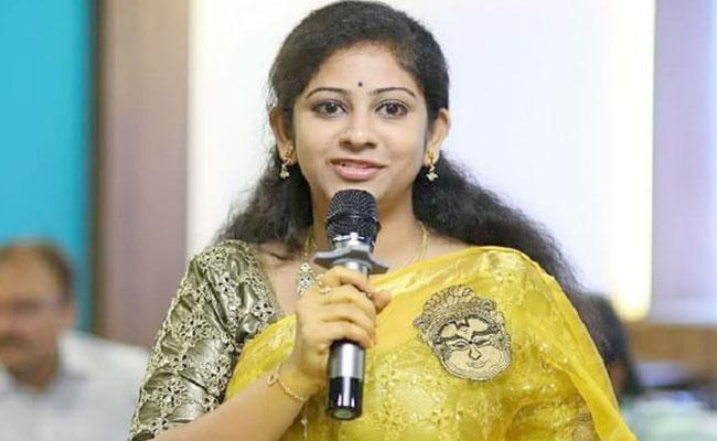 Sadineni Yamini Likely To Be Join BJP - Sakshi