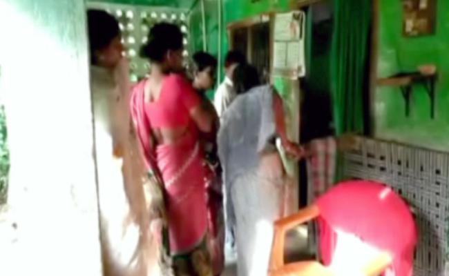 Rowdy Sheeter Murdered in West Godavari - Sakshi