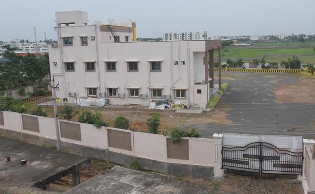 No Permission Tdp Office Construction In Srikakulam - Sakshi