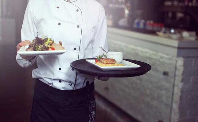 Waiter Shot Dead For Late Serving Sandwich In Paris - Sakshi