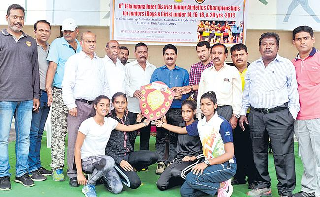 Hyderabad Wins Overall Title Of Athletics Championship - Sakshi