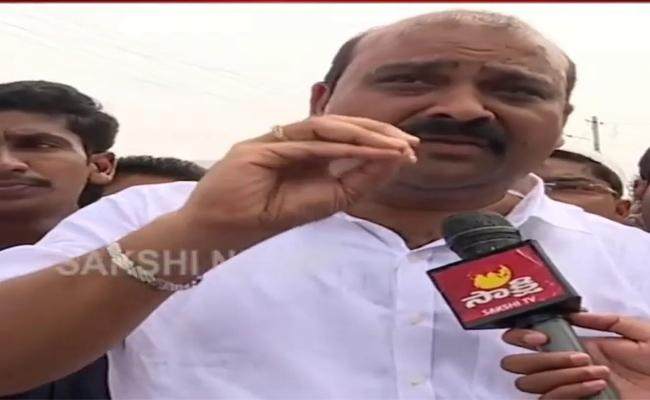 pamarru MLA Kaile Anil Kumar Vists Lanka Villahes In Krishna District - Sakshi