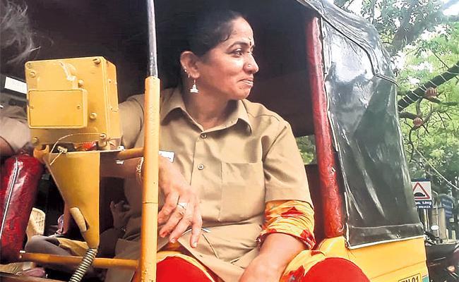 Tamil Nadu Auto Driver Rajeshwari Special Story - Sakshi