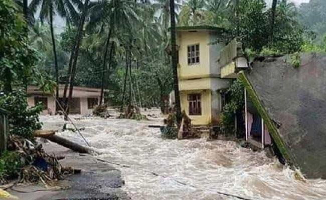 Heavy Flood In Kerala Death Toll At 121 - Sakshi