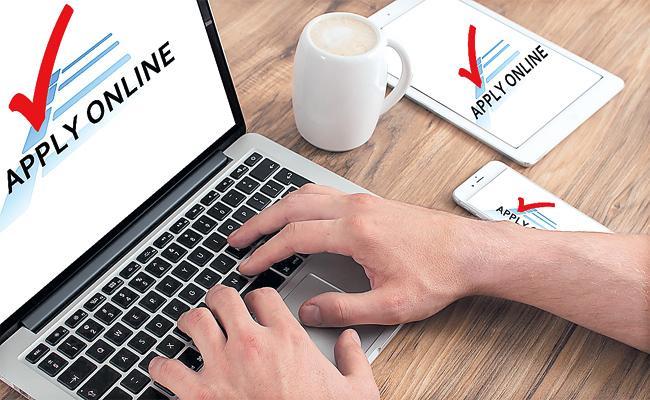 Instant Online Loans in Smartphone Apps - Sakshi