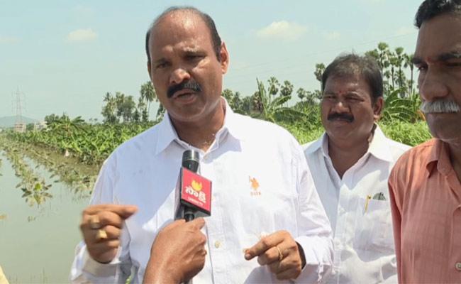 MLA Parthasarathy Visit Flood Affected Areas Krishana Distic - Sakshi