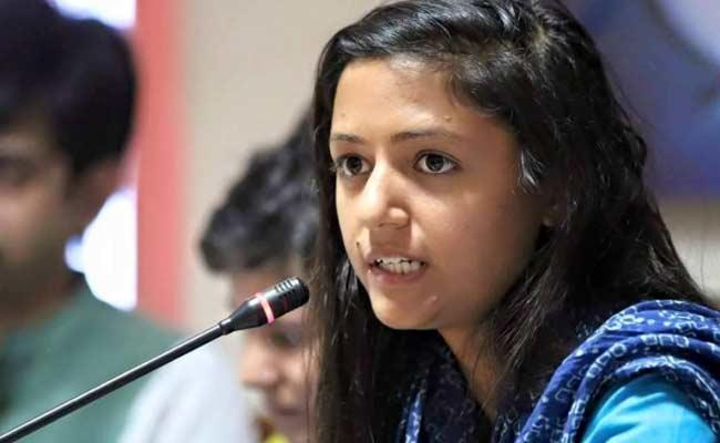 Alok Srivastava Files  Criminal Complaint Against Shehla Rashid - Sakshi