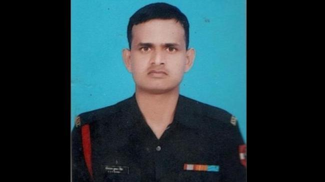 Indian Army Naik Ravi Ranjan Kumar Singh Martyred In Pak Firing - Sakshi
