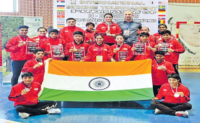 Indian Junior Woman boxers Won Medals In Serbia - Sakshi