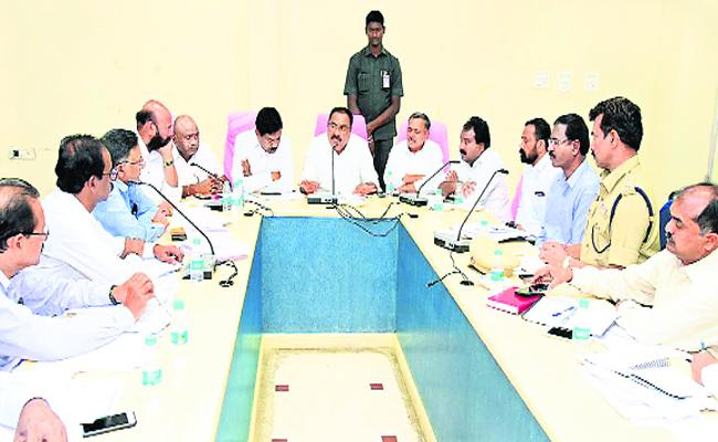 Minister Errabelli Dayakar rao Review With Devadula  Project Managers - Sakshi