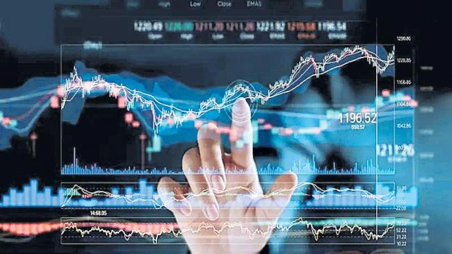 Fintech counts on content to keep investors hooked - Sakshi