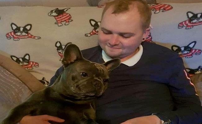Bulldog Nero Dies Just 15 Minutes After His Owner - Sakshi