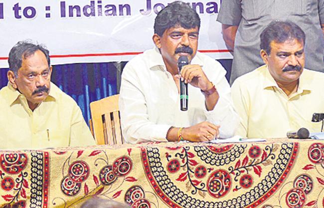 Perni Nani Assures Journalists Over Housing Lands - Sakshi