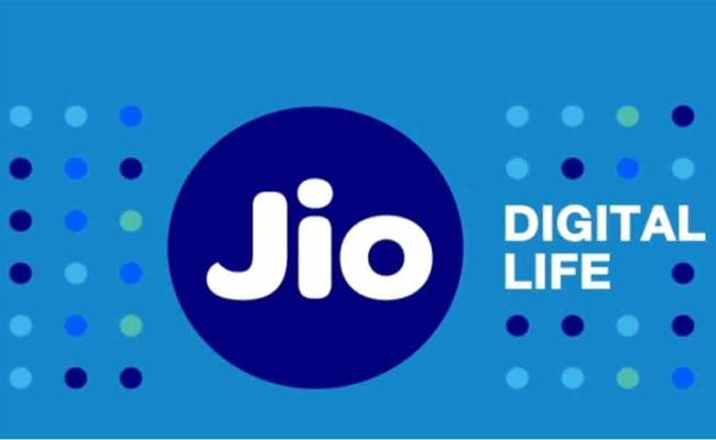 Jio Creating History In Telugu States With More Subscribers - Sakshi