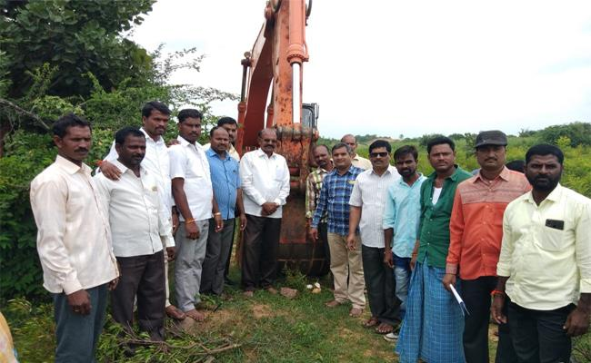 Rehabilitation Work Start For Udandapur Village In Mahabubnagar  - Sakshi