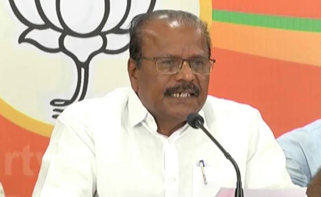 BJP Leader Nallu Indrasena Reddy Fires On KCR - Sakshi