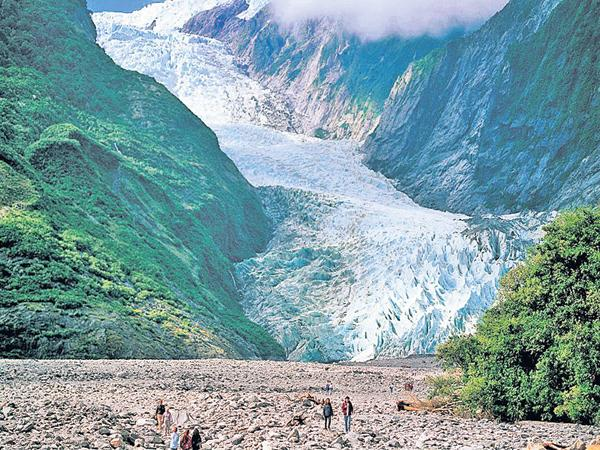 400 glaciers was Melting as speed  - Sakshi